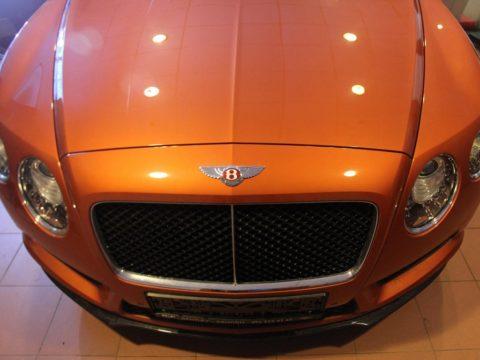 Перетяжка салона Bentley Continental GT