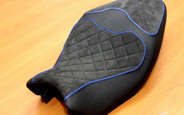 Перетяжка мото сидения