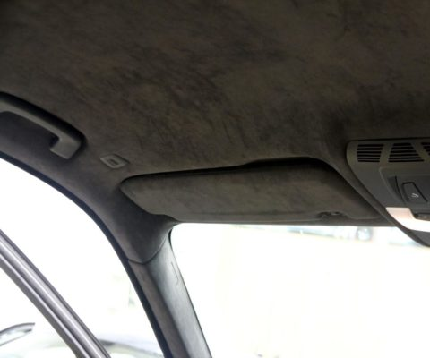 Перетяжка потолка в Алькантару BMW X5