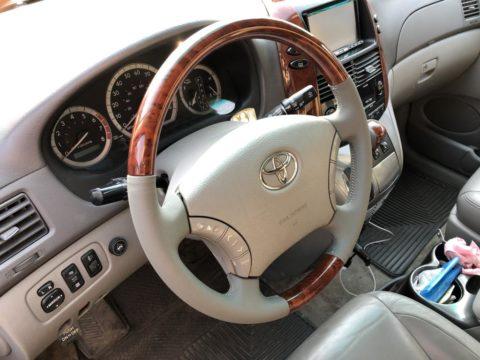 Перетяжка руля Toyota Sienna (Тойота Сиенна)