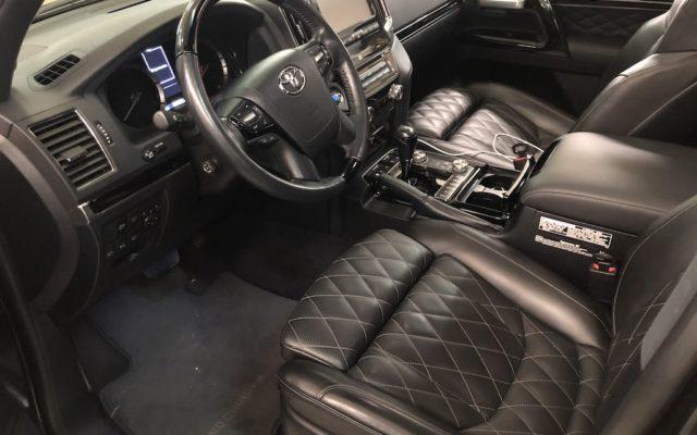 Ремонт сидения в Toyota Land Cruiser 200