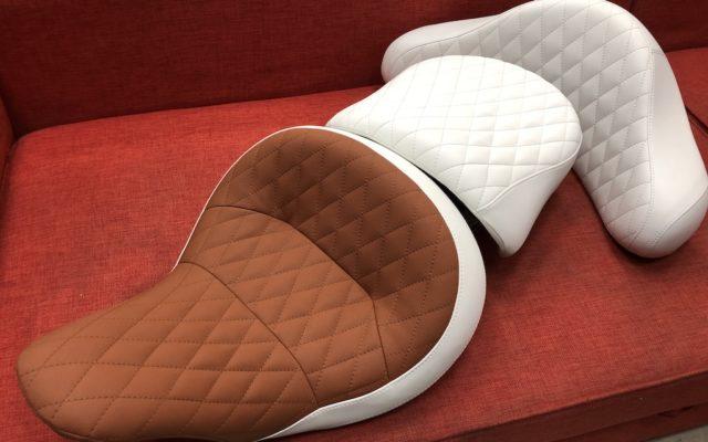 Перетяжка мото сидений