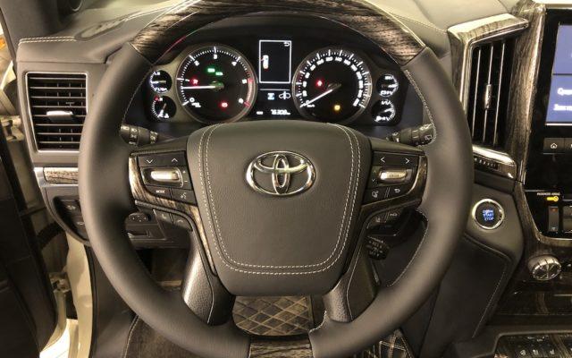 Перетяжка руля Toyota LC200